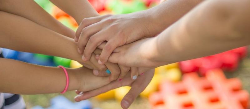prijateljstvo_ruke